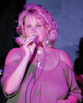 Jessie Lyn & The TNT Band