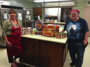 Veterinary Associates brings Thanksgiving to FVPC