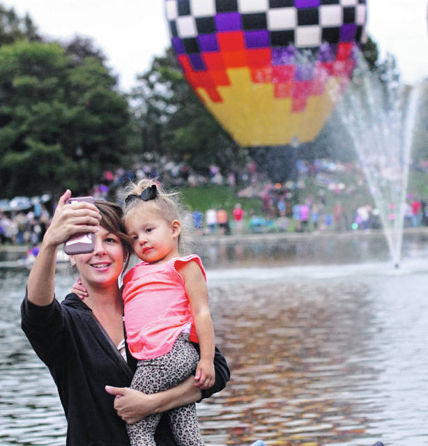 Xenia Community Festival features a balloon glow.