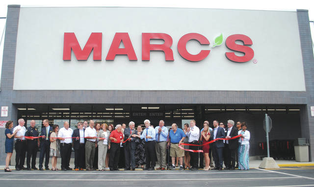 Whitney Vickers | Greene County News Marc's — an Ohio-based grocery store — has opened its first area location at 2100 E. Whipp Road in Kettering. It features more than 5,000 products including home supplies, food, Ohio-grown produce, a closeout section featuring marked-down items and more. The store opened to the public Aug. 8. A ribbon cutting event that included store and Kettering city officials was held Aug. 7.